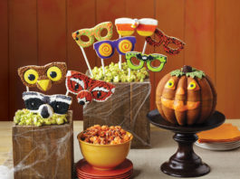 Ghoulishly Delicious Halloween Party Treats