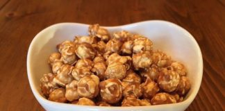 Recipe: Caramel Apple Popcorn