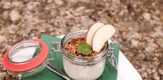 Yogurt with Fresh Fruit Topping