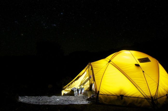 Gadgets, Great Outdoors Can Co-Exist