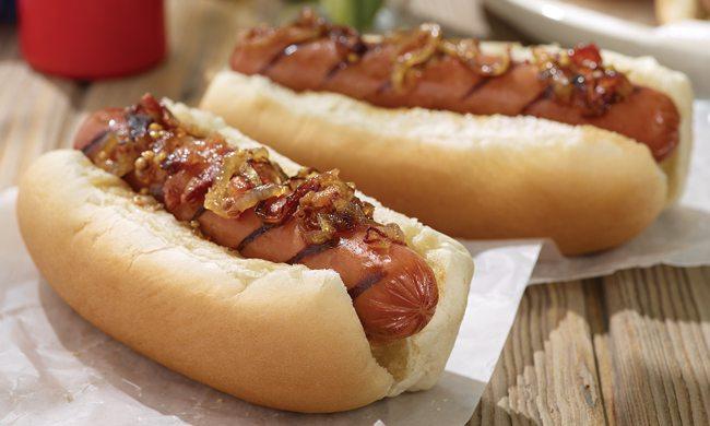 Smoked Sausage Links with Bacon and Onion Marmalade