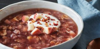 Bacon-Apple Red Cabbage Soup