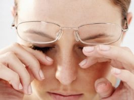 Dry eye can be caused by a variety of factors - Family Life Tips Magazine