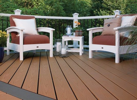 Use these DIY deck project tips for your next project - Family Life Tips Magazine