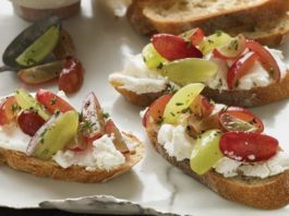 Grape and Goat Cheese Crostini Recipe | Family Life Tips