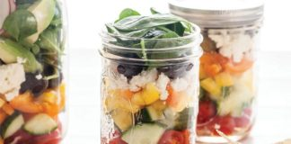 Greek Salad in Jars | Family Life Tips