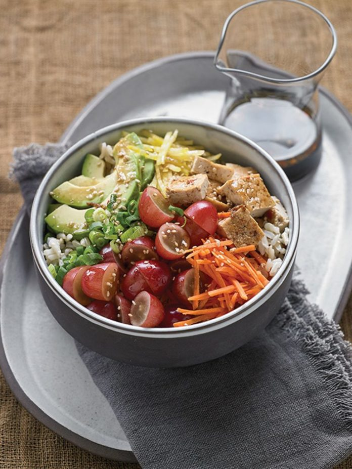 Grape Recipes: Vegetarian Poke Bowl
