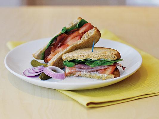 Recipe: Roast Beef and Arugula Sandwich   Family Life Tips Magazine
