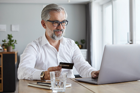 Tips for How-to Reduce the Number of Credit Cards in Your Wallet | Family Life Tips Magazine