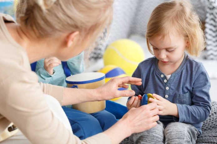 Strong Communication is a Must for All Infant Day Care Teachers | Family Life Tips Magazine
